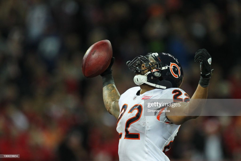 <a gi-track='captionPersonalityLinkClicked' href=/galleries/search?phrase=Matt+Forte&family=editorial&specificpeople=2246847 ng-click='$event.stopPropagation()'>Matt Forte</a> #22 of the Chicago Bears celebrates scoring a touchdown during the NFL International Series match between Chicago Bears and Tampa Bay Buccaneers at Wembley Stadium on October 23, 2011 in London, England. This is the fifth occasion where a regular season NFL match has been played in London.