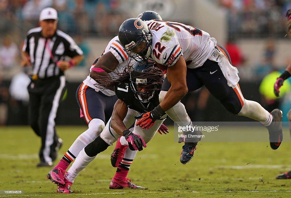 Matt Forte #22 of the Chicago Bears rushes during a game against the Jacksonville Jaguars at EverBank Field on October 7, 2012 in Jacksonville, Florida.