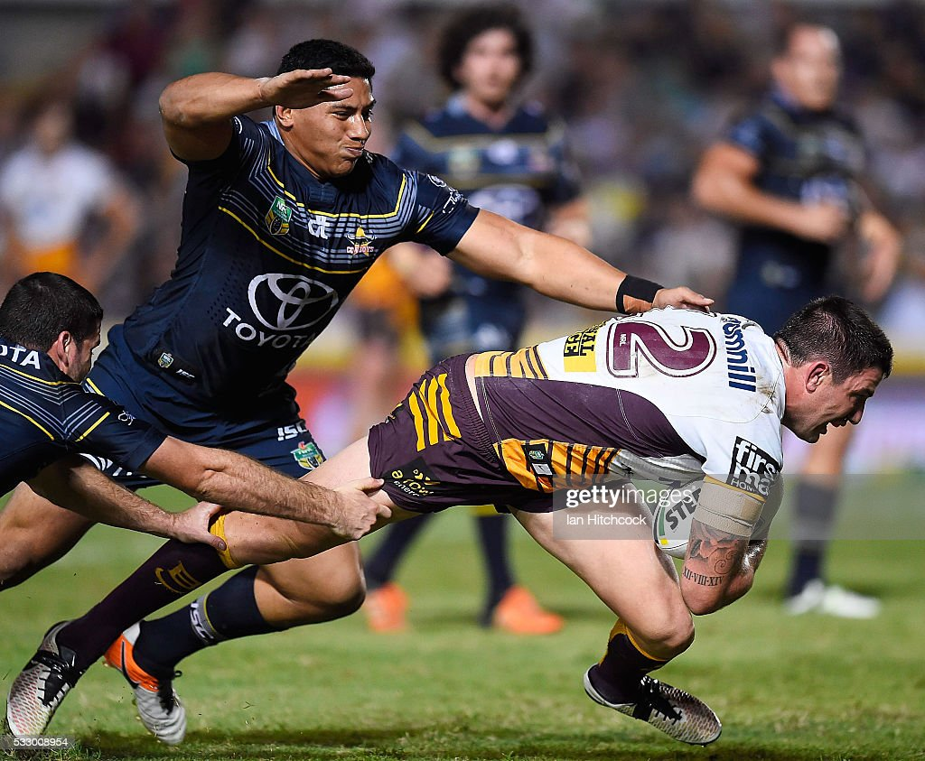 Matt Gillett of the Broncos surges to to the try line to score a try during the round 11 NRL match between the North Queensland Cowboys and the Brisbane Bronocs at 1300SMILES Stadium on May 20, 2016 in Townsville, Australia.