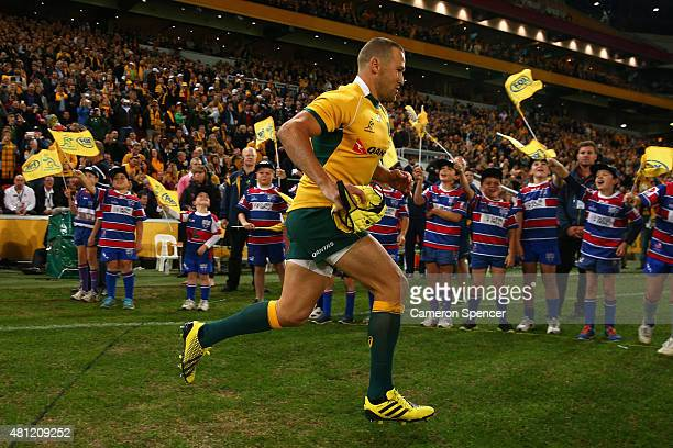 Matt Giteau of the Wallabies runs onto the field during The Rugby Championship match between the Australian Wallabies and the South Africa Springboks...