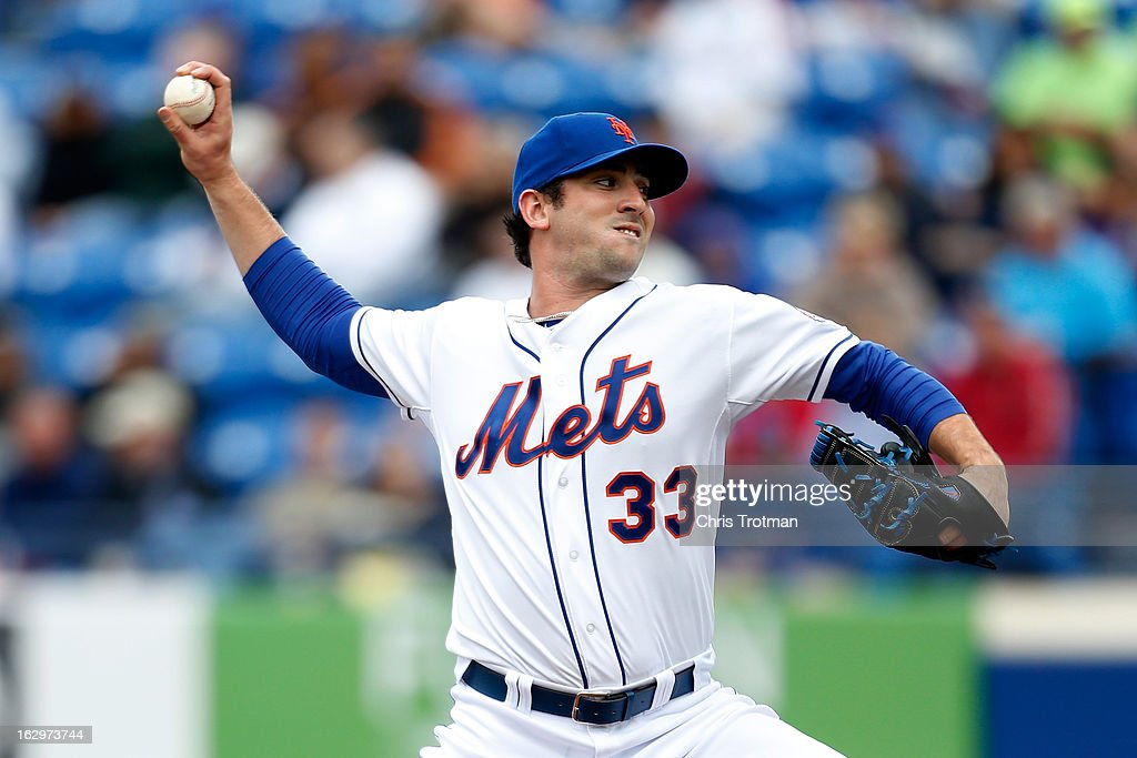 Matt Harvey #33 of the New York Mets pitches against the Miami Marlins at Tradition Field on March 2, 2013 in Port St. Lucie, Florida.