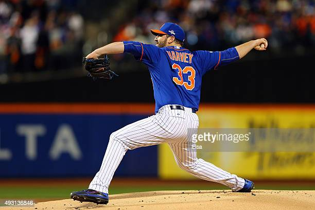 Matt Harvey of the New York Mets throws a pitch in the first inning against the Chicago Cubs during game one of the 2015 MLB National League...