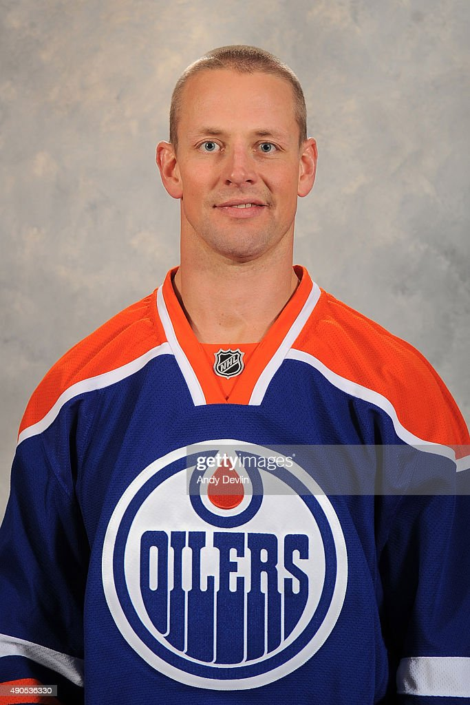Matt Hendricks of the Edmonton Oilers poses for his official headshot for the 20152016 season on September 17 2015 at the Rexall Place in Edmonton...