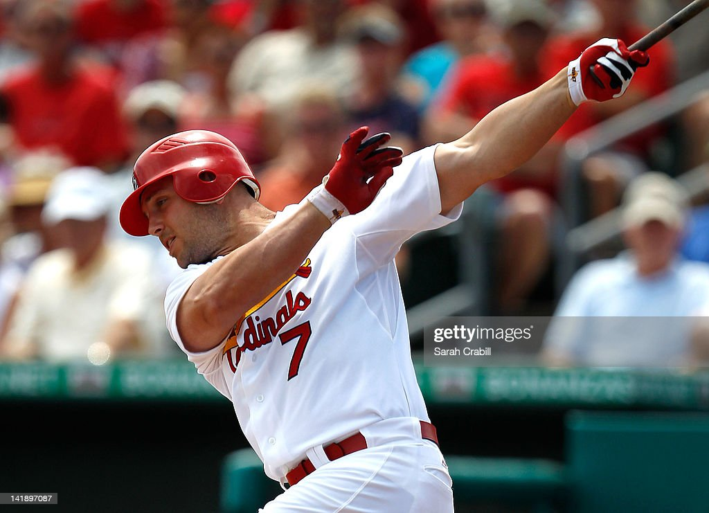<a gi-track='captionPersonalityLinkClicked' href=/galleries/search?phrase=Matt+Holliday&family=editorial&specificpeople=207017 ng-click='$event.stopPropagation()'>Matt Holliday</a> #7 of the St. Louis Cardinals bats during a game against the Minnesota Twins at Roger Dean Stadium on March 25, 2012 in Jupiter, Florida. The St. Louis Cardinals defeated the Minnesota Twins 9-2.