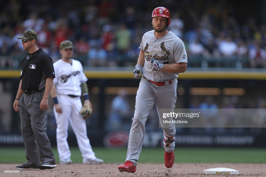 Matt Holliday #7 of the St. Louis Cardinals runs the bases after hitting a solo home run in the seventh inning against the Milwaukee Brewers at Miller Park on May 30, 2016 in Milwaukee, Wisconsin.
