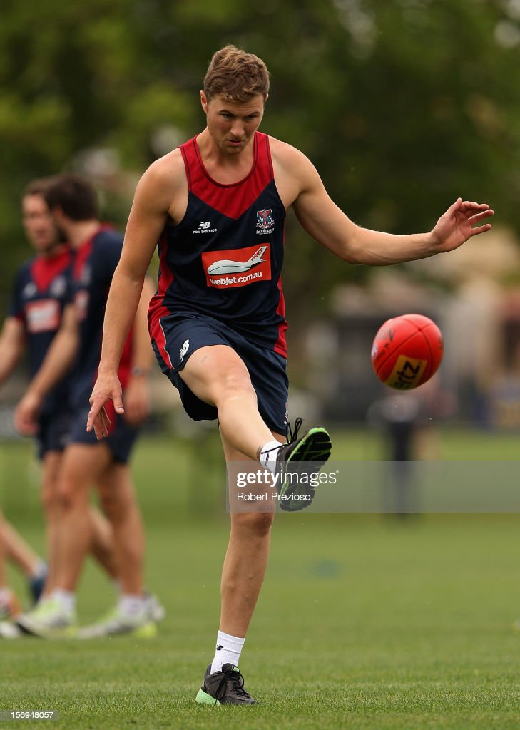 Matt Jones kicks during a Melbourne Demons AFL pre-season training session at Gosch's Paddock on November 26, 2012 in Melbourne, Australia.
