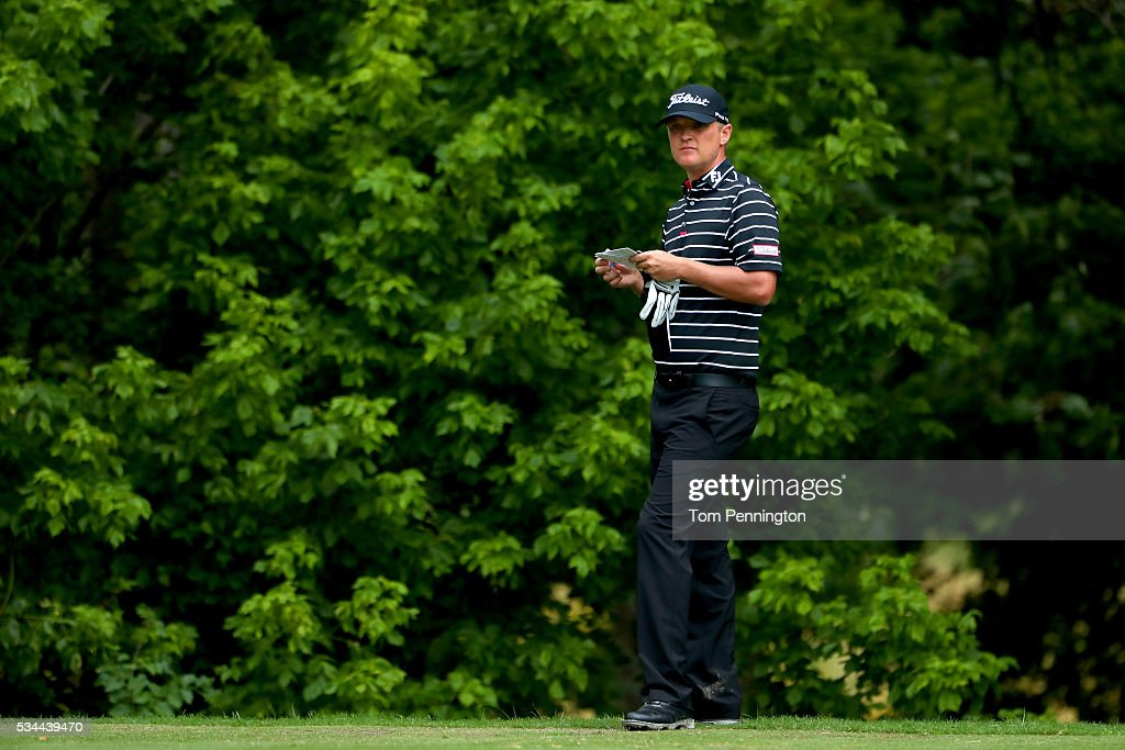 <a gi-track='captionPersonalityLinkClicked' href=/galleries/search?phrase=Matt+Jones+-+Golfer&family=editorial&specificpeople=5003125 ng-click='$event.stopPropagation()'>Matt Jones</a> of Australia looks on from the eighth tee box during the First Round of the DEAN & DELUCA Invitational at Colonial Country Club on May 26, 2016 in Fort Worth, Texas.