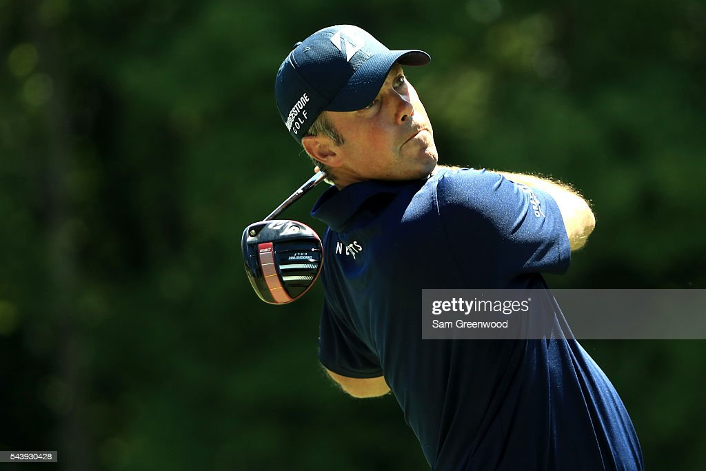 <a gi-track='captionPersonalityLinkClicked' href=/galleries/search?phrase=Matt+Kuchar&family=editorial&specificpeople=243226 ng-click='$event.stopPropagation()'>Matt Kuchar</a> hits off the sixth tee during the first round of the World Golf Championships - Bridgestone Invitational at Firestone Country Club South Course on June 30, 2016 in Akron, Ohio.