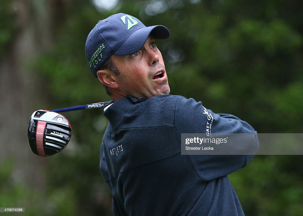 <a gi-track='captionPersonalityLinkClicked' href=/galleries/search?phrase=Matt+Kuchar&family=editorial&specificpeople=243226 ng-click='$event.stopPropagation()'>Matt Kuchar</a> reacts to a tee shot on the 15th hole during the second round of the RBC Heritage at Harbour Town Golf Links on April 17, 2015 in Hilton Head Island, South Carolina.