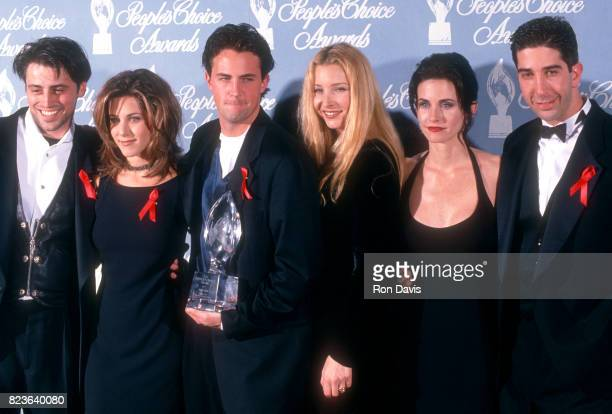 Matt LeBlanc Jennifer Aniston Matthew Perry Lisa Kudrow Courtney Cox and David Schwimmer of the TV show Friend's attend the 21st Annual People's...