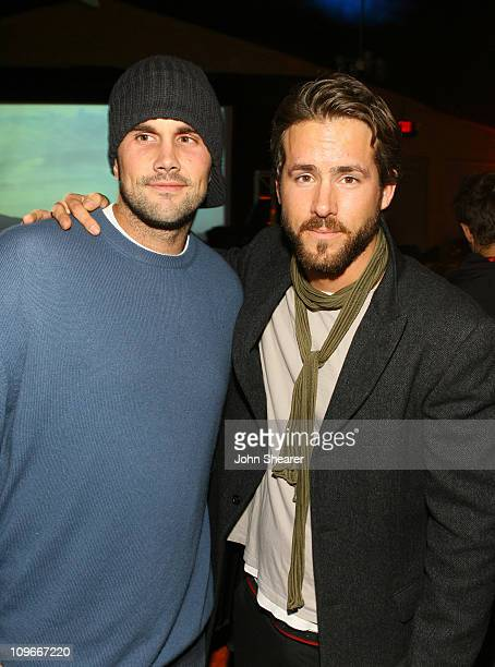 Matt Leinart and Ryan Reynolds during 2007 Park City Motorola and Nintendo Present The Motorola Late Night Lounge at The Shop/Yoga Studio in Park...