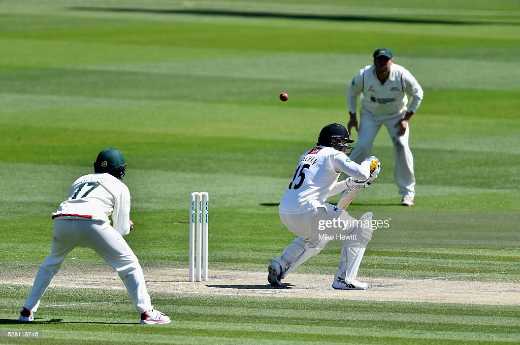 <a gi-track='captionPersonalityLinkClicked' href=/galleries/search?phrase=Matt+Machan&family=editorial&specificpeople=6888490 ng-click='$event.stopPropagation()'>Matt Machan</a> of Sussex ducks under a bouncer from Wayne White of Leicestershire during the fourth day of the Specsavers County Championship Division Two match between Sussex and Leicestershire on May 04, 2016 in Hove, England.