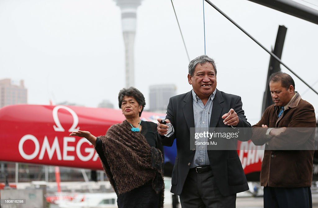 Matt Maihi, Kaumatua of Ngati Whatua Orakei (C) blesses the boat during the launch of the Emirates Team New Zealand boat at the Viaduct Harbour on February 4, 2013 in Auckland, New Zealand.