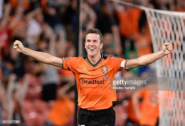 Matt McKay of the Roar celebrates victory during the ALeague Elimination Final match between the Brisbane Roar and Melbourne Victory at Suncorp...