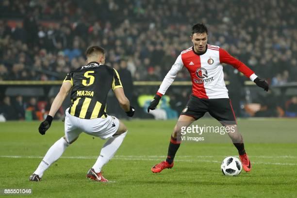 Matt Miazga of Vitesse Steven Berghuis of Feyenoord during the Dutch Eredivisie match between Feyenoord Rotterdam and Vitesse Arnhem at the Kuip on...