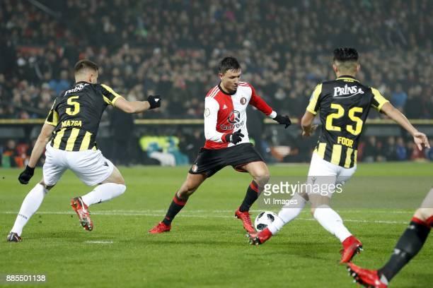 Matt Miazga of Vitesse Steven Berghuis of Feyenoord Navarone Foor of Vitesse during the Dutch Eredivisie match between Feyenoord Rotterdam and...