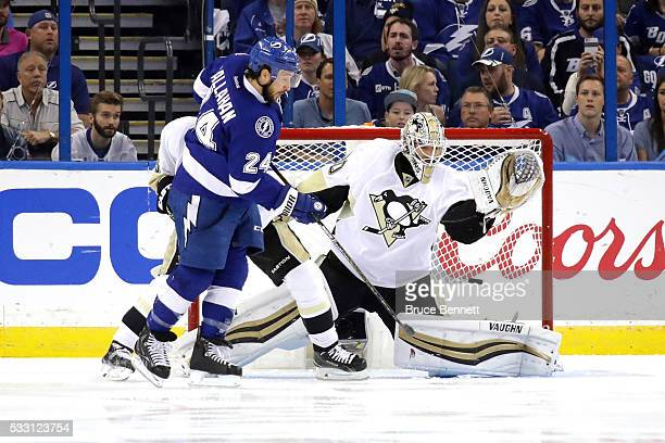 Matt Murray of the Pittsburgh Penguins gives up a goal to Ryan Callahan of the Tampa Bay Lightning during the first period in Game Four of the...