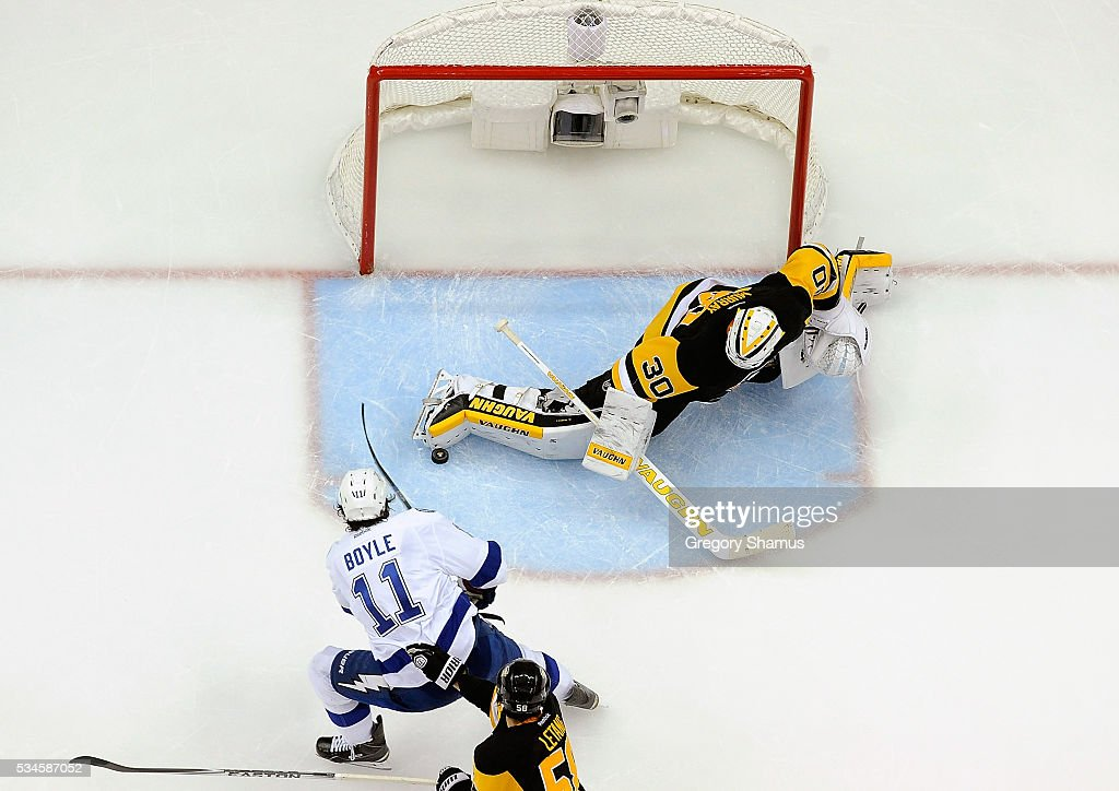 <a gi-track='captionPersonalityLinkClicked' href=/galleries/search?phrase=Matt+Murray+-+Ice+Hockey+Player&family=editorial&specificpeople=15609595 ng-click='$event.stopPropagation()'>Matt Murray</a> #30 of the Pittsburgh Penguins makes a save on a shot by <a gi-track='captionPersonalityLinkClicked' href=/galleries/search?phrase=Brian+Boyle+-+Ice+Hockey+Player&family=editorial&specificpeople=8986264 ng-click='$event.stopPropagation()'>Brian Boyle</a> #11 of the Tampa Bay Lightning in Game Seven of the Eastern Conference Final during the 2016 NHL Stanley Cup Playoffs at Consol Energy Center on May 26, 2016 in Pittsburgh, Pennsylvania.