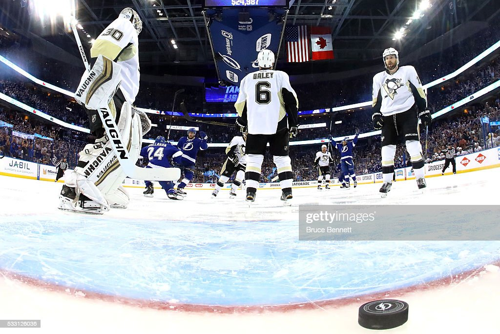 <a gi-track='captionPersonalityLinkClicked' href=/galleries/search?phrase=Matt+Murray+-+Ice+Hockey+Player&family=editorial&specificpeople=15609595 ng-click='$event.stopPropagation()'>Matt Murray</a> #30 of the Pittsburgh Penguins reacts as <a gi-track='captionPersonalityLinkClicked' href=/galleries/search?phrase=Ryan+Callahan&family=editorial&specificpeople=809690 ng-click='$event.stopPropagation()'>Ryan Callahan</a> #24 of the Tampa Bay Lightning celebrates scoring a goal against of the Pittsburgh Penguins during the first period in Game Four of the Eastern Conference Final during the 2016 NHL Stanley Cup Playoffs at Amalie Arena on May 20, 2016 in Tampa, Florida.