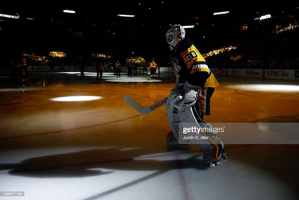 <a gi-track='captionPersonalityLinkClicked' href=/galleries/search?phrase=Matt+Murray+-+Ice+Hockey+Player&family=editorial&specificpeople=15609595 ng-click='$event.stopPropagation()'>Matt Murray</a> #30 of the Pittsburgh Penguins stands on the ice during player introductions prior to Game One of the 2016 NHL Stanley Cup Final against the San Jose Sharks at Consol Energy Center on May 30, 2016 in Pittsburgh, Pennsylvania.
