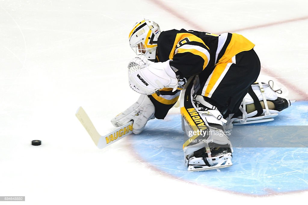<a gi-track='captionPersonalityLinkClicked' href=/galleries/search?phrase=Matt+Murray+-+Ice+Hockey+Player&family=editorial&specificpeople=15609595 ng-click='$event.stopPropagation()'>Matt Murray</a> #30 of the Pittsburgh Penguins tedns goal during the first period against the Tampa Bay Lightning in Game Seven of the Eastern Conference Final during the 2016 NHL Stanley Cup Playoffs at Consol Energy Center on May 26, 2016 in Pittsburgh, Pennsylvania.
