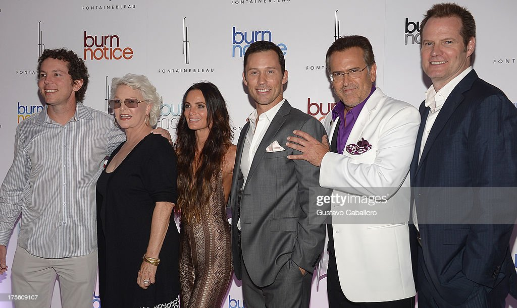 Matt Nix, <a gi-track='captionPersonalityLinkClicked' href=/galleries/search?phrase=Sharon+Gless&family=editorial&specificpeople=211287 ng-click='$event.stopPropagation()'>Sharon Gless</a>, <a gi-track='captionPersonalityLinkClicked' href=/galleries/search?phrase=Gabrielle+Anwar&family=editorial&specificpeople=1139711 ng-click='$event.stopPropagation()'>Gabrielle Anwar</a>, <a gi-track='captionPersonalityLinkClicked' href=/galleries/search?phrase=Jeffrey+Donovan&family=editorial&specificpeople=767727 ng-click='$event.stopPropagation()'>Jeffrey Donovan</a>, <a gi-track='captionPersonalityLinkClicked' href=/galleries/search?phrase=Bruce+Campbell&family=editorial&specificpeople=2001663 ng-click='$event.stopPropagation()'>Bruce Campbell</a> and <a gi-track='captionPersonalityLinkClicked' href=/galleries/search?phrase=Jack+Coleman+-+Actor&family=editorial&specificpeople=874156 ng-click='$event.stopPropagation()'>Jack Coleman</a> arrive at wrap party for 'Burn Notice' at Fontainebleau Miami Beach on July 27, 2013 in Miami Beach, Florida.