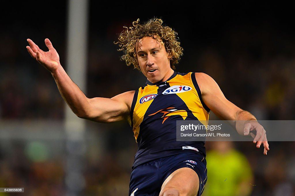 Matt Priddis of the Eagles kicks down the wing during the 2016 AFL Round 14 match between the West Coast Eagles and the Essendon Bombers at Domain Stadium on June 30, 2016 in Perth, Australia.