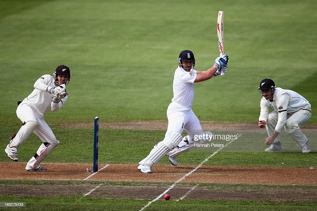 Matt Prior of England cuts the ball away for four runs during day two of the First Test match between New Zealand and England at University Oval on March 7, 2013 in Dunedin, New Zealand.