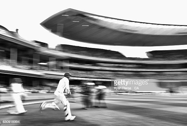 Matt Renshaw of Australia runs out to bat during day two of the Third Test match between Australia and Pakistan at Sydney Cricket Ground on January 4...