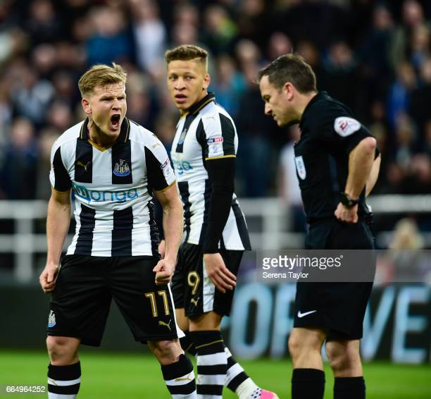 Matt Ritchie of Newcastle United shouts at Referee Keith Stroud after his goal is disallowed during the Sky Bet Championship Match between Newcastle...