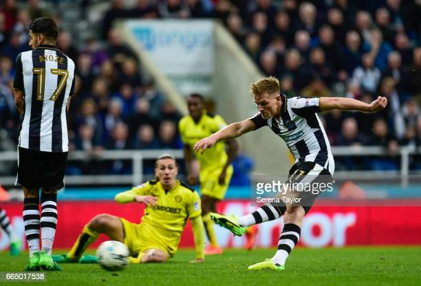 Matt Ritchie of Newcastle United strikes the ball during the Sky Bet Championship Match between Newcastle United and Burton Albion at StJames' Park...
