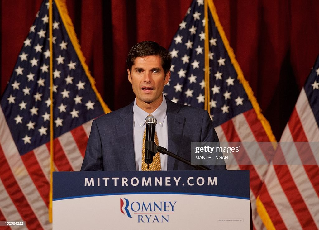 Matt Romney introduces his father, Republican presidential candidate Mitt Romney, at a fundraiser at the Grand Del Mar Court resort September 22, 2012 in San Diego, California. AFP PHOTO/Mandel NGAN