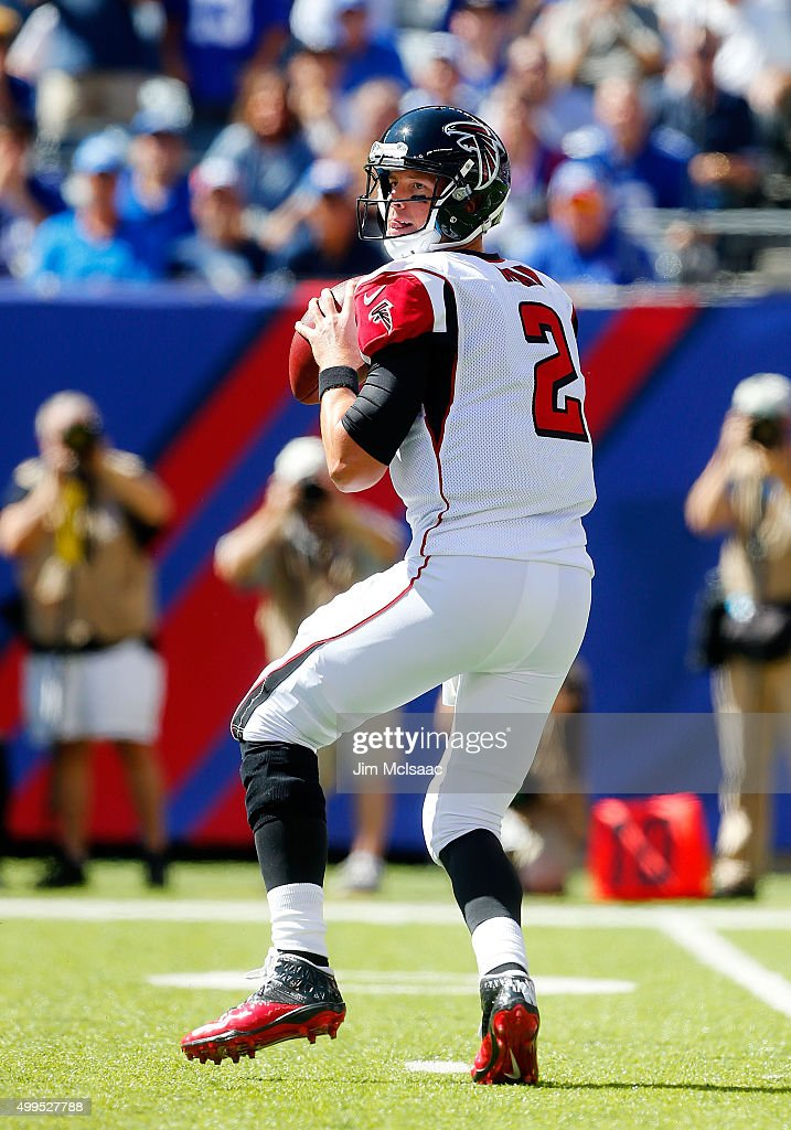 <a gi-track='captionPersonalityLinkClicked' href=/galleries/search?phrase=Matt+Ryan+-+Football+americano&family=editorial&specificpeople=4951318 ng-click='$event.stopPropagation()'>Matt Ryan</a> #2 of the Atlanta Falcons in action against the New York Giants on September 20, 2015 at MetLife Stadium in East Rutherford, New Jersey. The Falcons defeated the Giants 24-20.