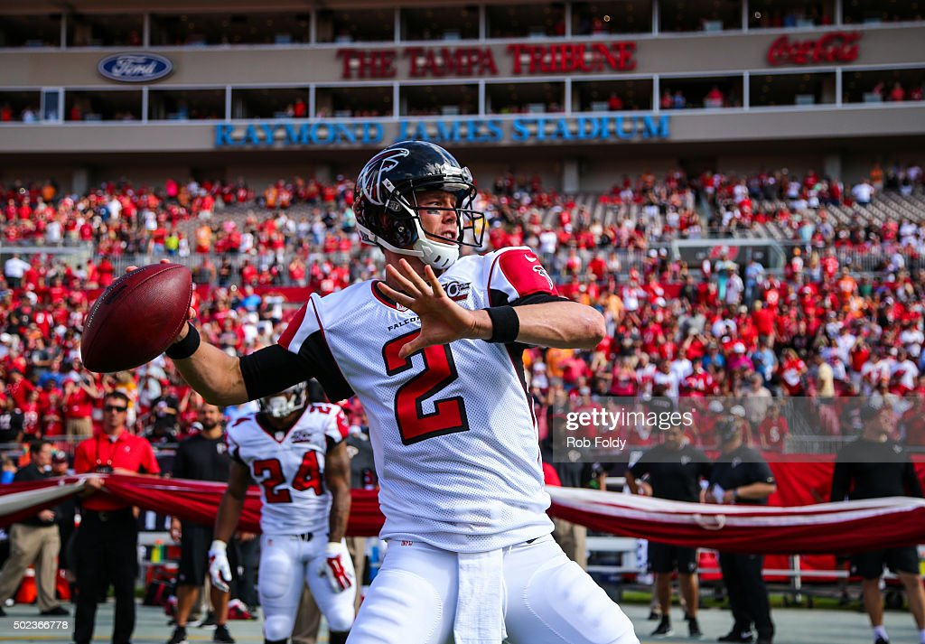 <a gi-track='captionPersonalityLinkClicked' href=/galleries/search?phrase=Matt+Ryan+-+Football+americano&family=editorial&specificpeople=4951318 ng-click='$event.stopPropagation()'>Matt Ryan</a> #2 of the Atlanta Falcons in action before the game against the Tampa Bay Buccaneers at Raymond James Stadium on December 6, 2015 in Tampa, Florida.