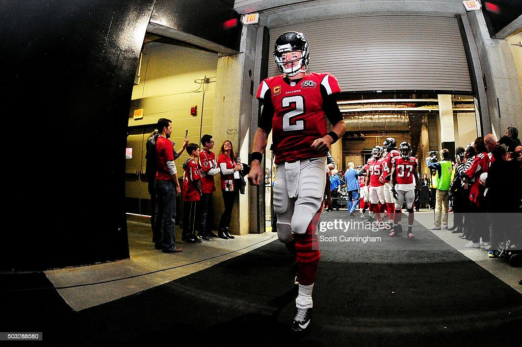 <a gi-track='captionPersonalityLinkClicked' href=/galleries/search?phrase=Matt+Ryan+-+Football+americano&family=editorial&specificpeople=4951318 ng-click='$event.stopPropagation()'>Matt Ryan</a> #2 of the Atlanta Falcons walks in the tunnel prior to the game against the New Orleans Saints at the Georgia Dome on January 3, 2016 in Atlanta, Georgia.
