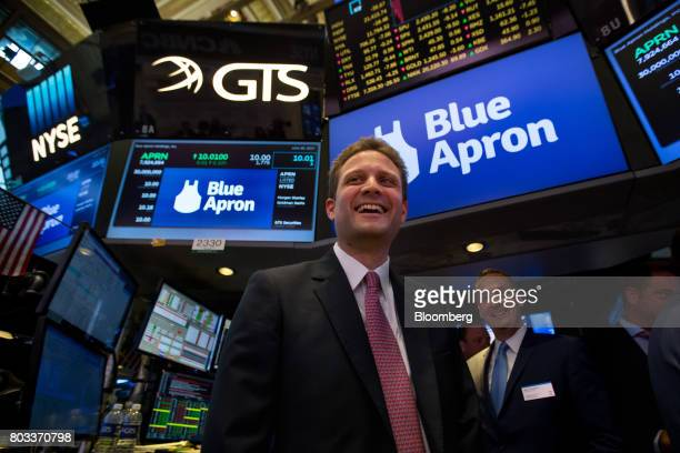 Matt Salzberg cofounder and chief executive officer of Blue Apron Holdings Inc smiles during the company's initial public offering on the floor of...