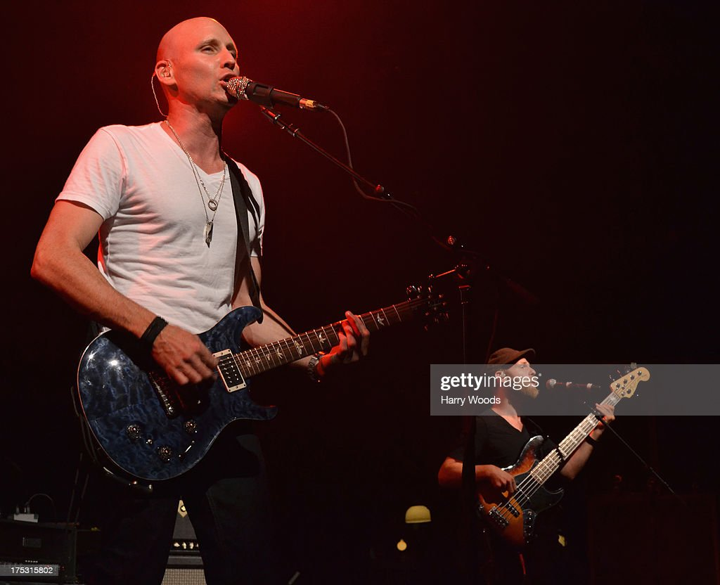 <a gi-track='captionPersonalityLinkClicked' href=/galleries/search?phrase=Matt+Scannell&family=editorial&specificpeople=3212489 ng-click='$event.stopPropagation()'>Matt Scannell</a> and Cedric LeMoyne perform with Vertical Horizon during Bud Light Music First 50/50/1 on August 1, 2013 in Hampton, New Hampshire.