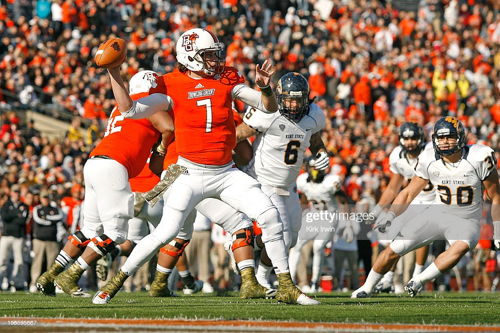 Matt Schilz #7 of the Bowling Green Falcons throws a pass during the second quarter against the Kent State Golden Flashes on November 17, 2012 at Doyt Perry Stadium in Bowling Green, Ohio. Kent State defeated Bowling Green 31-24.