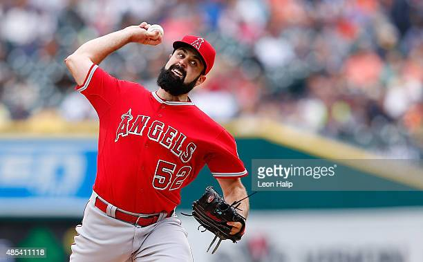 Matt Shoemaker of the Los Angeles Angels pitches during the third inning of the game against the Detroit Tigers on August 27 2015 at Comerica Park in...