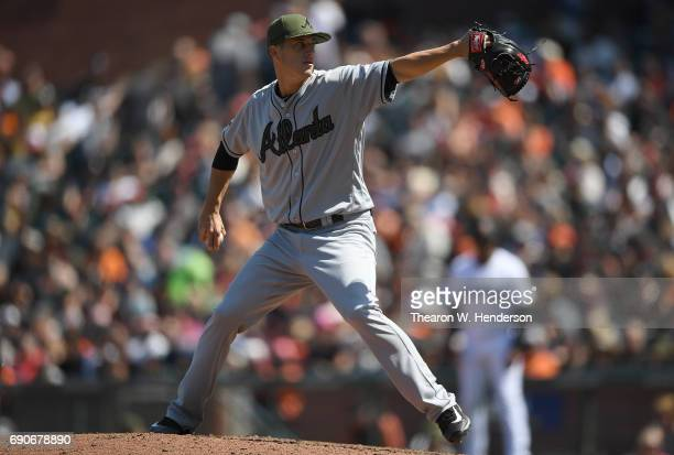 Matt Wisler of the Atlanta Braves pitches against the San Francisco Giants in the bottom of the eighth inning at ATT Park on May 28 2017 in San...