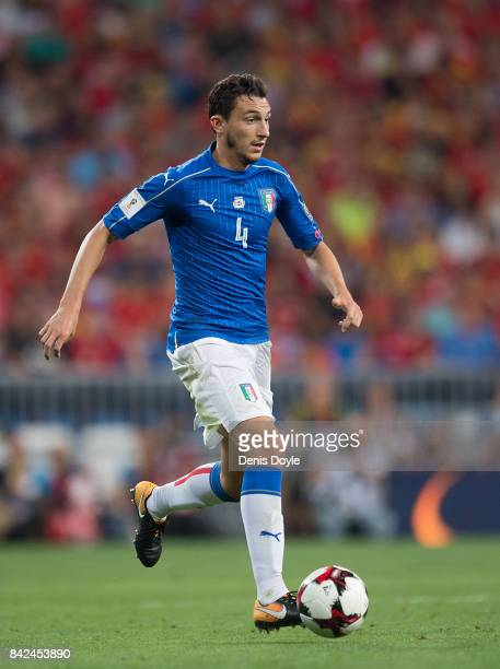 Matteo Darmian of Italy controls the ball during the FIFA 2018 World Cup Qualifier between Spain and Italy at Estadio Santiago Bernabeu on September...