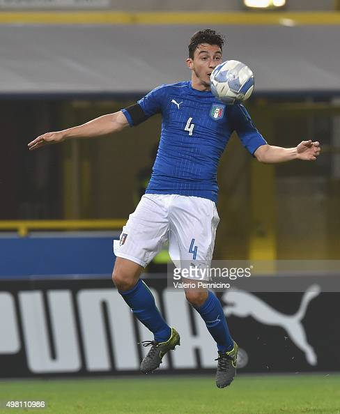 Matteo Darmian of Italy in action during the international friendly match between Italy and Romania at Stadio Renato Dall'Ara on November 17 2015 in...