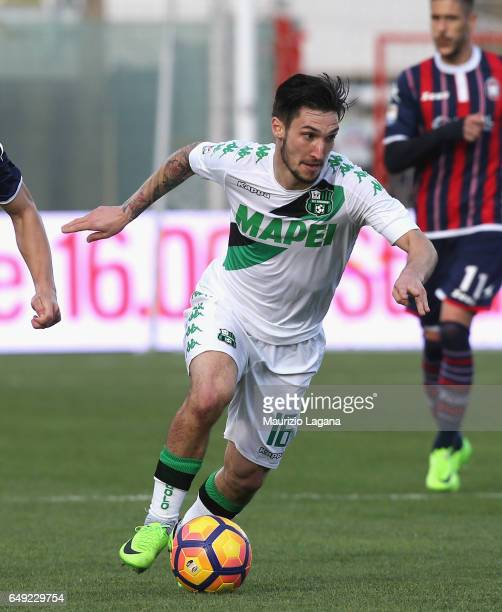 Matteo Politano of Sassuolo during the Serie A match between FC Crotone and US Sassuolo at Stadio Comunale Ezio Scida on March 5 2017 in Crotone Italy