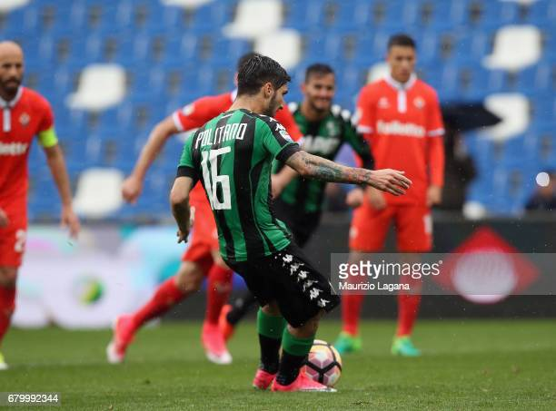 Matteo Politano of Sassuoo scores his team's second goal with penalty during the Serie A match between US Sassuolo and ACF Fiorentina at Mapei...