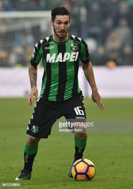 Matteo Politano of US Sassuolo in action during the Serie A match between US Sassuolo and Juventus FC at Mapei Stadium Citta' del Tricolore on...
