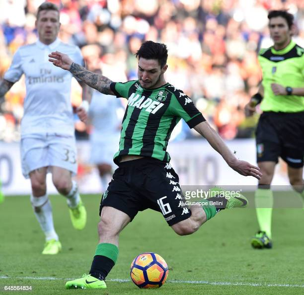 Matteo Politano of US Sassuolo in action during the Serie A match between US Sassuolo and AC Milan at Mapei Stadium Citta' del Tricolore on February...