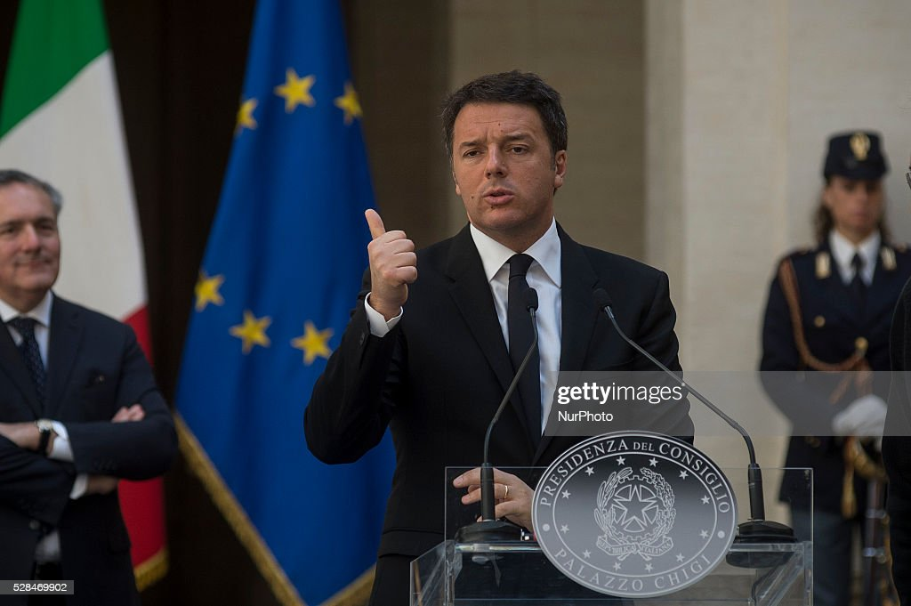 <a gi-track='captionPersonalityLinkClicked' href=/galleries/search?phrase=Matteo+Renzi&family=editorial&specificpeople=6689301 ng-click='$event.stopPropagation()'>Matteo Renzi</a> receives John Elkann and Sergio Marchionne, president and CEO of FCA group, for presentation of new Alfa Romeo Giulia at the Palazzo Chigi in Rome, Italy on may 5, 2016.