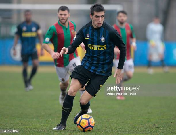 Matteo Rover of FC Internazionale Milano in action during the Primavera Tim juvenile match between FC Internazionale and Ternana Calcio at Stadio...