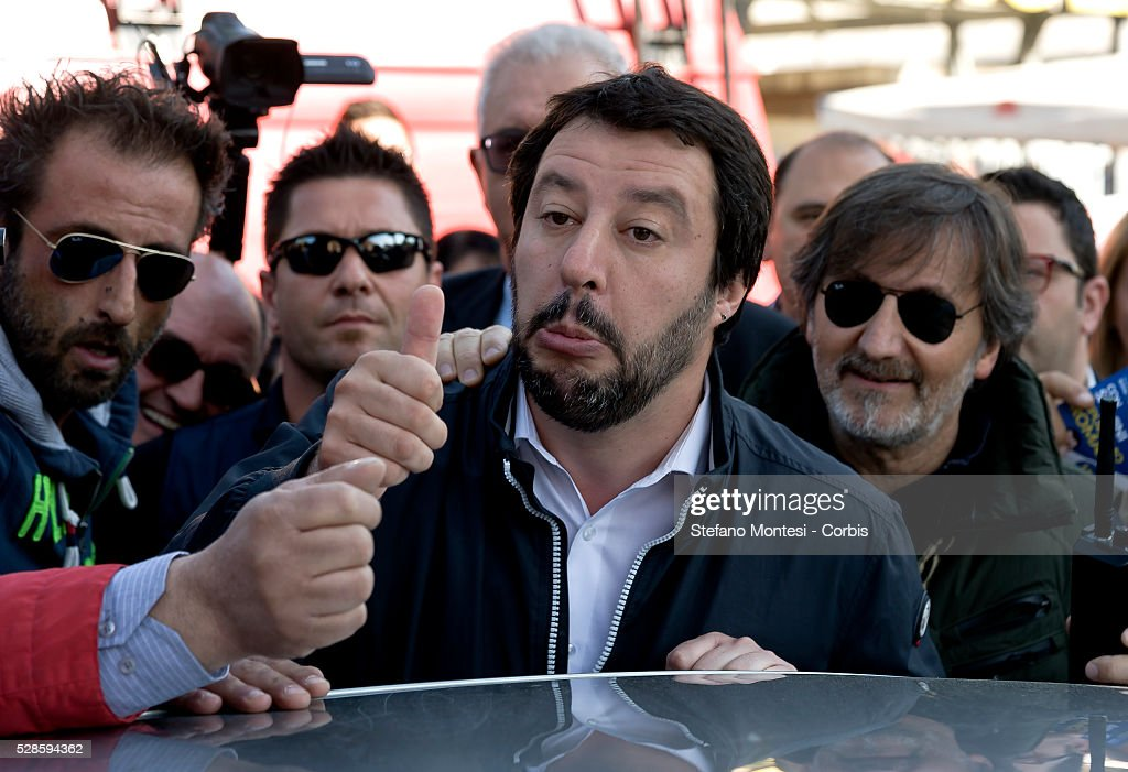 <a gi-track='captionPersonalityLinkClicked' href=/galleries/search?phrase=Matteo+Salvini&family=editorial&specificpeople=2325195 ng-click='$event.stopPropagation()'>Matteo Salvini</a>, leader of the Northern League party is met by protestors during a visit to Montagnola market in the southern district of the city on May 4, 2016 in Rome, Italy. Salvini, known for his opposition to illegal immigration and the European Union, abandoned his visit in the face of anti-racist protests.
