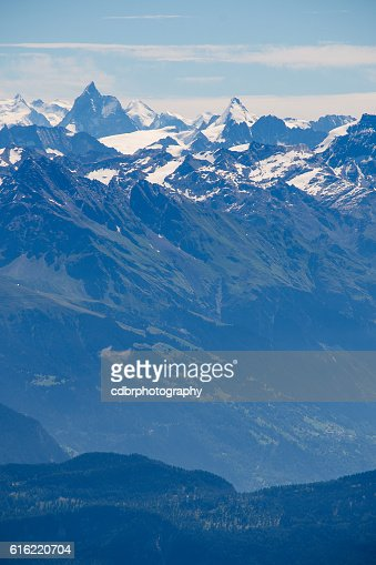 Matterhorn and Dent d'Herens : Stock-Foto